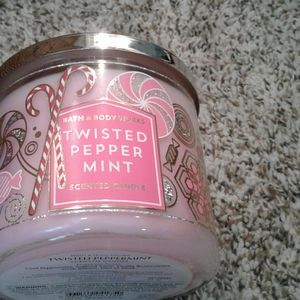 Twisted peppermint candle